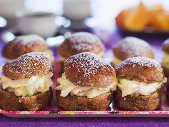 Swedish Pastry Cream Puffs