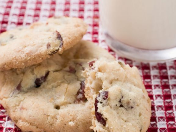 Sweet Coconut and Cranberry Cookies