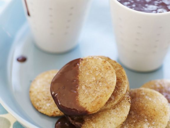 Sweet Mexican Rounds with Champurrado