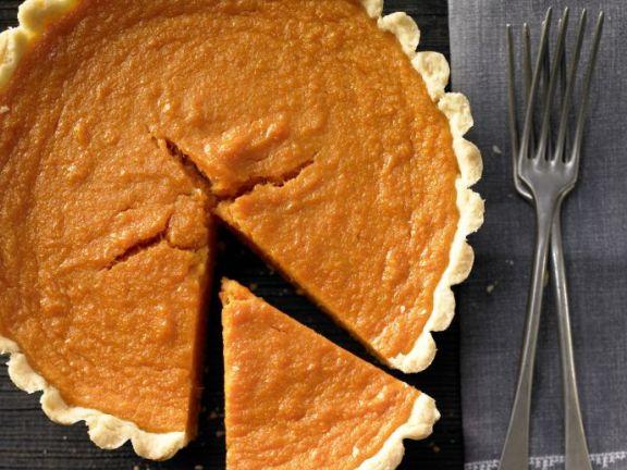 Sweet Potato Pie: A Thanksgiving favorite