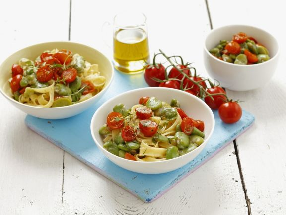 Tagiatelle with Beans and Tomato Sauce