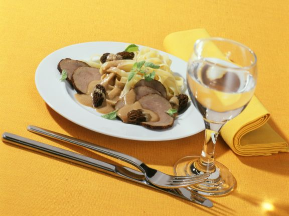 Tagliatelle Pasta with Beef Strips and Morel Sauce