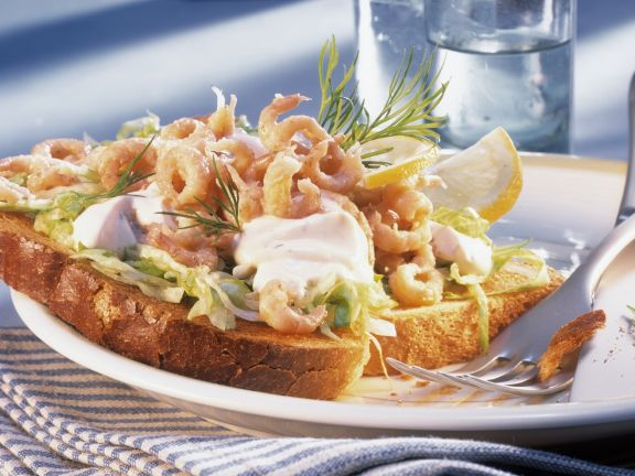 Toast with Shrimp and Sour Cream