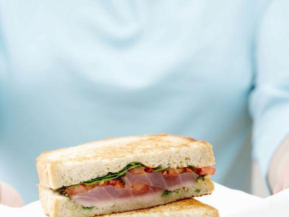 Toasted Fresh Tuna Sandwiches