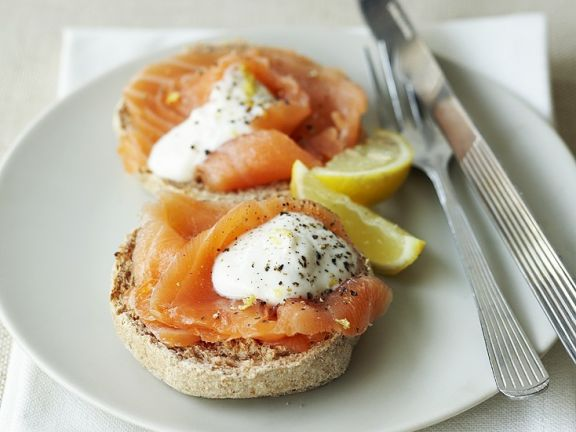 Toasted Rolls with Smoked Salmon