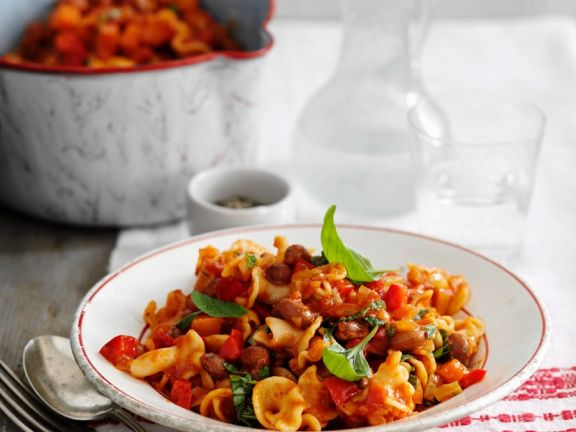 Tomato and Kidney Bean Pasta with Basil