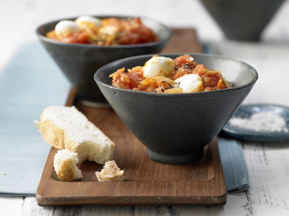 Tomato Curry with Bocconcini