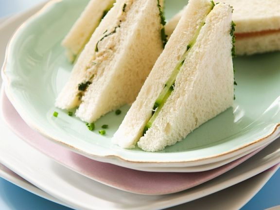 Tuna Sandwiches with Cucumber
