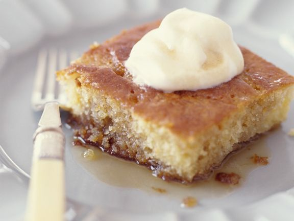 Vanilla Cake with Maple Sauce