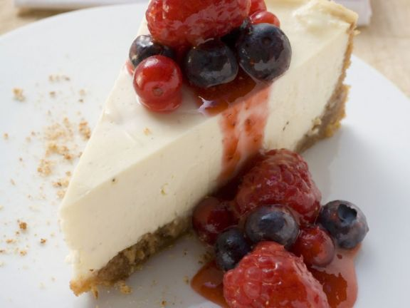 Vanilla Cheesecake with Fruit