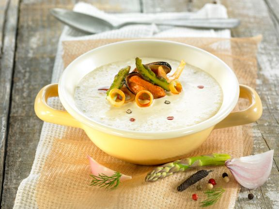 Vegetable Bisque with Seafood