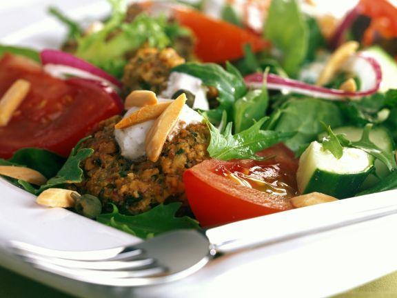 Vegetable Salad with Falafel
