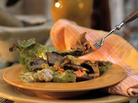 Venison Salad with Bacon and Mushrooms
