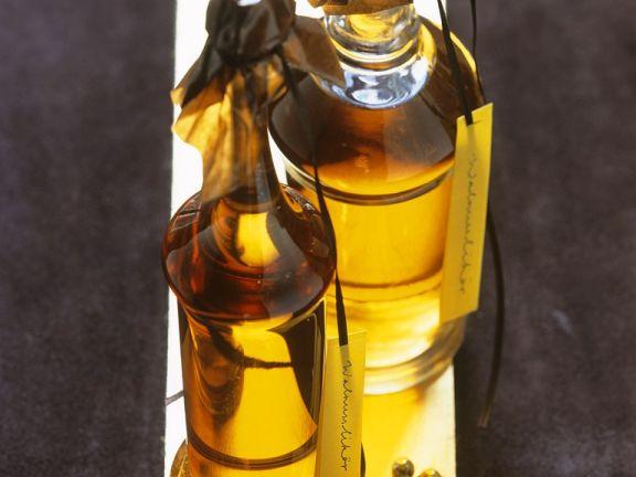 Walnut-White Wine Liqueur