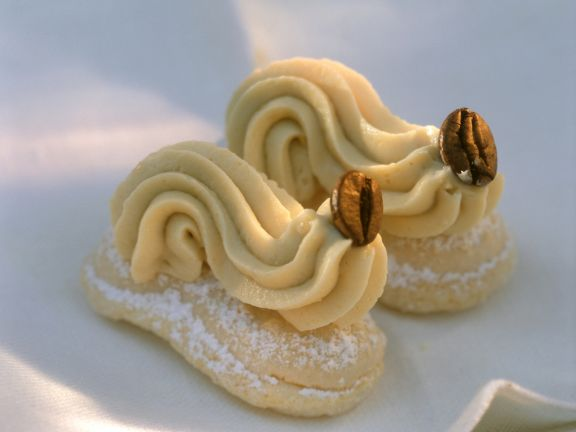 White Chocolate and Coffee Mousse and Cookies