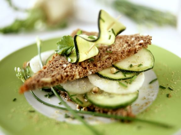 Wholemeal Slice with Cucumber, Zucchini and Radish