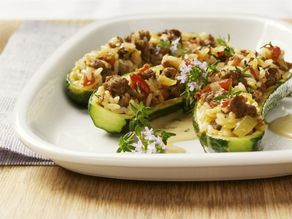 Zucchini Stuffed with Rice and Ground Meat