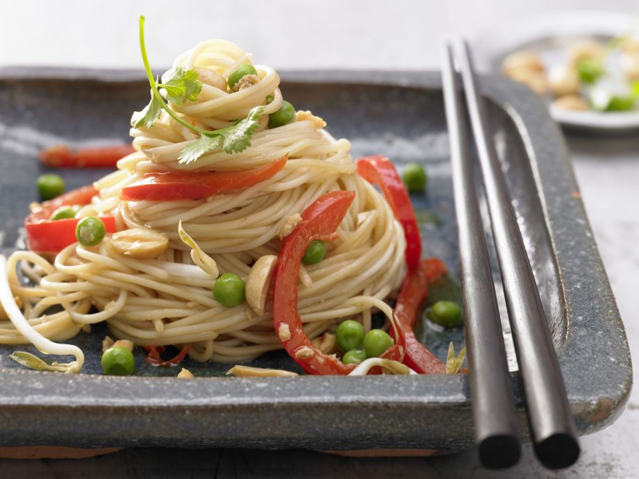 Asian Fried Noodles - Asian Fried Noodles - A gourmet feast from the Far East
