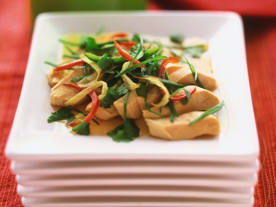 Asian-Style Chicken and vegetable pan