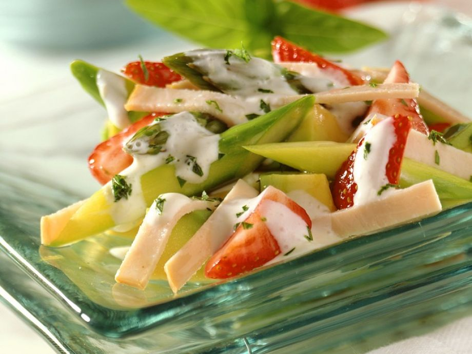 Asparagus and Fruit Salad with Turkey