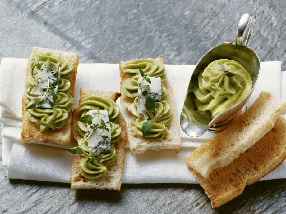 Avocado-Gorgonzola Spread on Toast