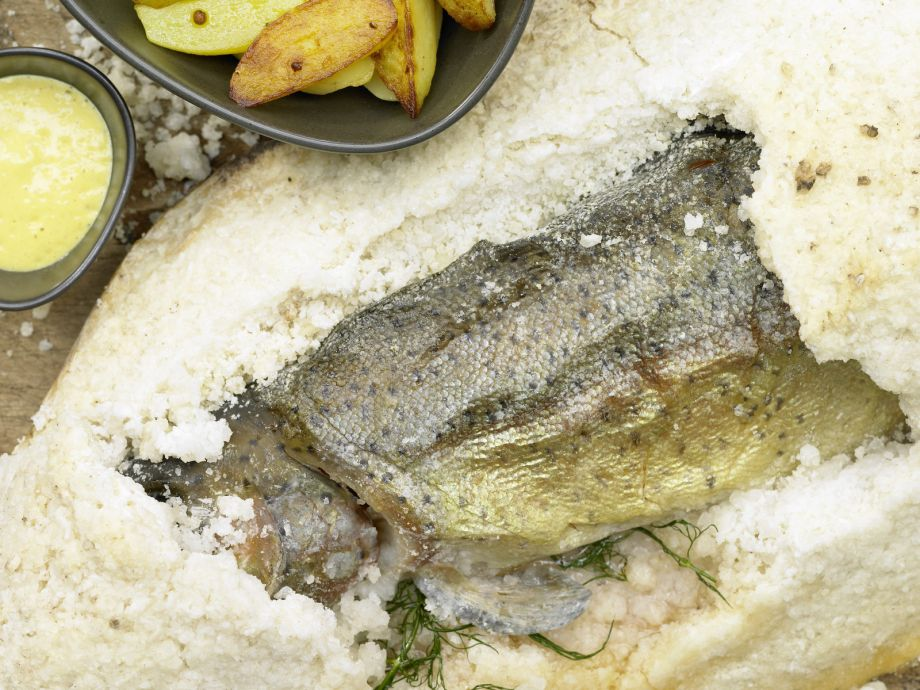 Baked Lake Trout - Baked Lake Trout - Juicy and aromatic fish, using a traditional technique