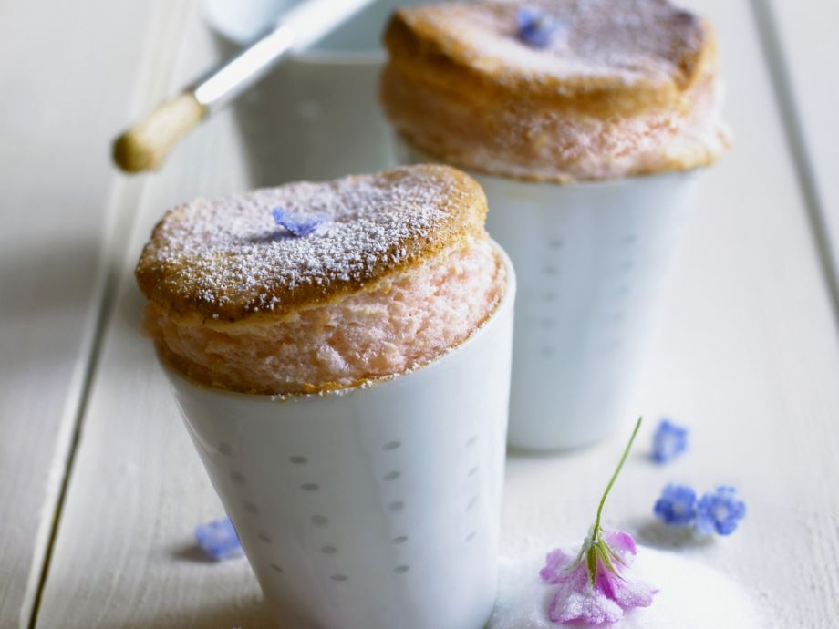 Baked strawberry souffles