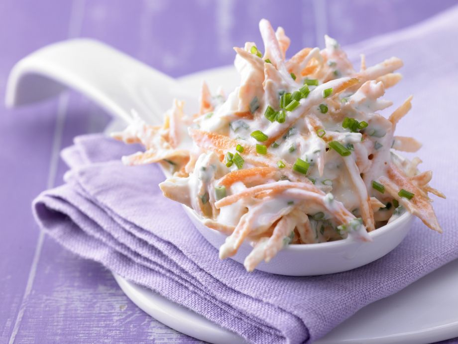 Carrot-Chive Slaw - Carrot-Chive Slaw - With bite: Fresh crisp vegetables bathed in a tangy sour-cream sauce
