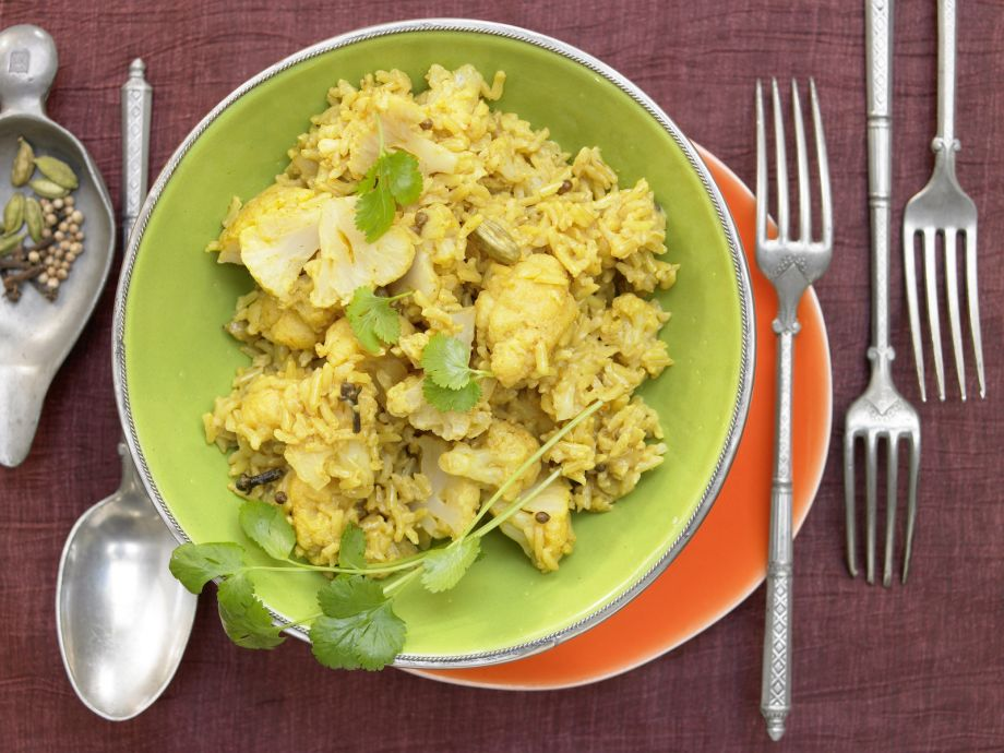 Cauliflower Rice Pilaf - Cauliflower Rice Pilaf - This Indian recipe is so good, it could almost pass for dessert!