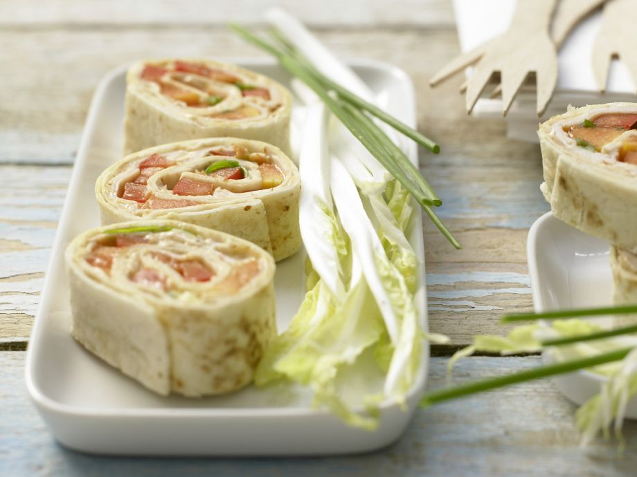 Chicken Wraps - Chicken Wraps - The perfect combo: Tropical fruit, chicken and curry