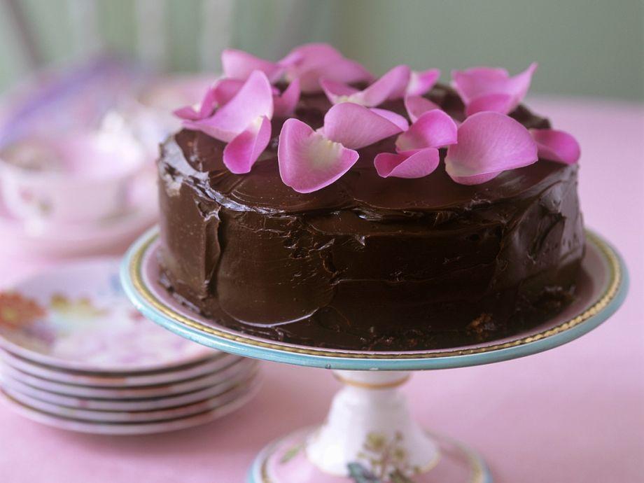 Chocolate Rose Cake Recipe Eatsmarter