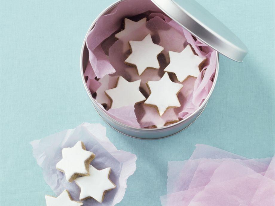 Cinnamon Star Cookies With Royal Icing