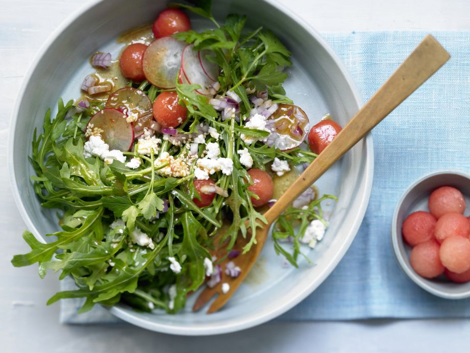 Crunchy Thai-Style Salad - Crunchy Thai-Style Salad - East meets West: Asian and European ingredients together in a salad