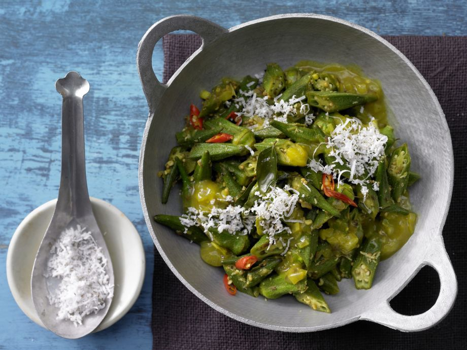 Curried Okra - Curried Okra - This hearty Indian curry really satisfies