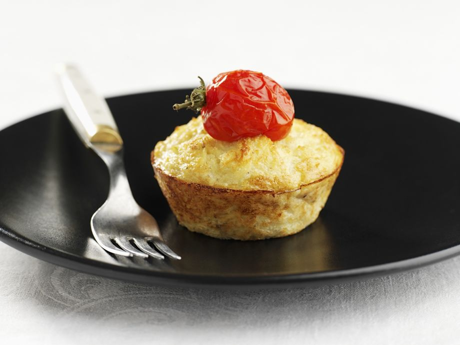 Emmental and potato muffins