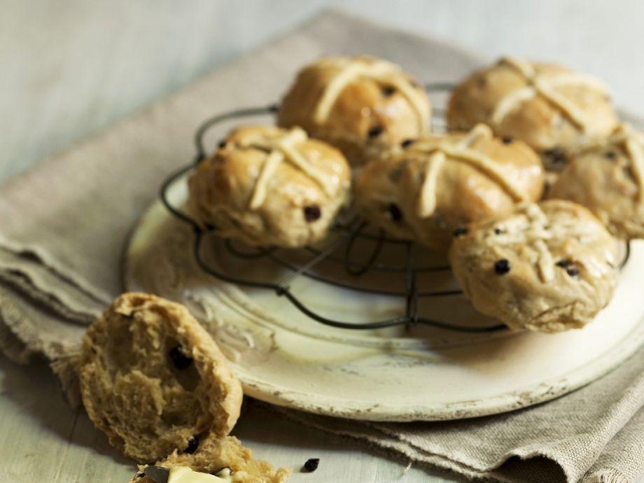 English Good Friday buns