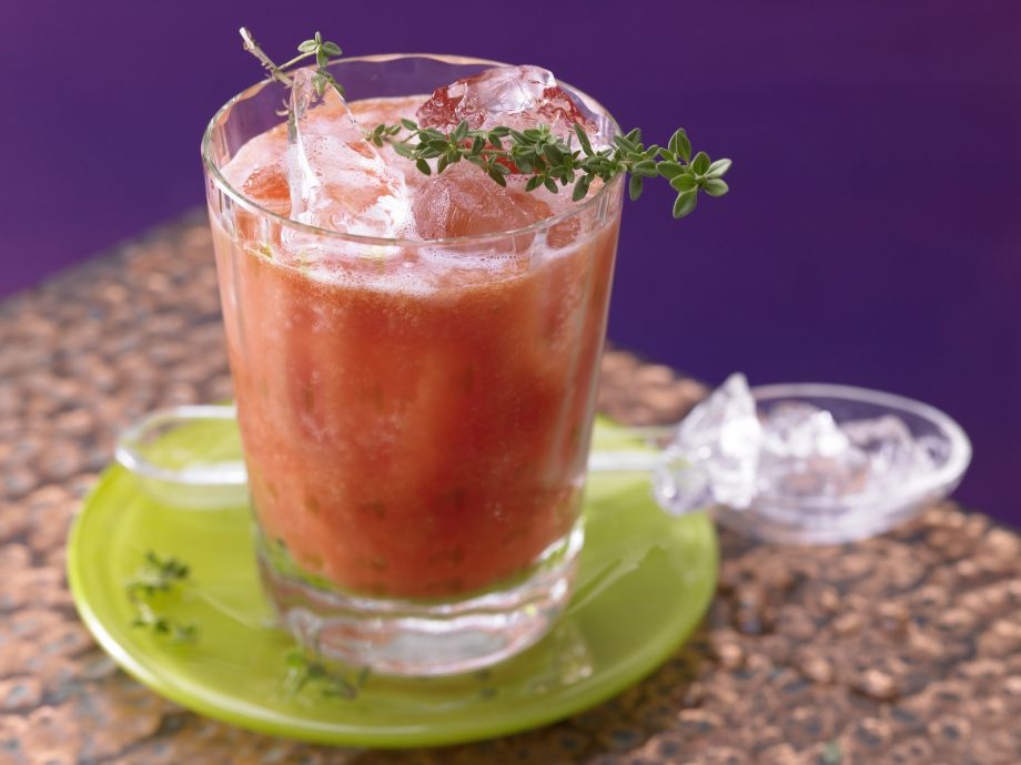 Fruity Tomato Juice - Fruity Tomato Juice - Quick to make, with a pleasantly spicy bite