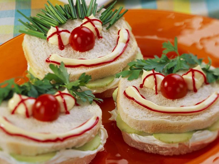 Funny Face Cucumber Sandwiches