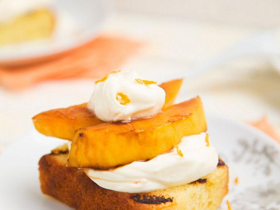 Grilled Cake With Mascarpone Cream And Mango Recipe Eatsmarter