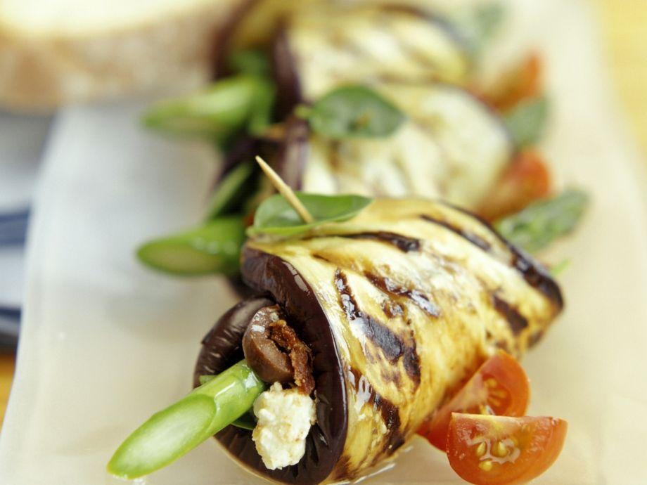 Grilled eggplant rolls