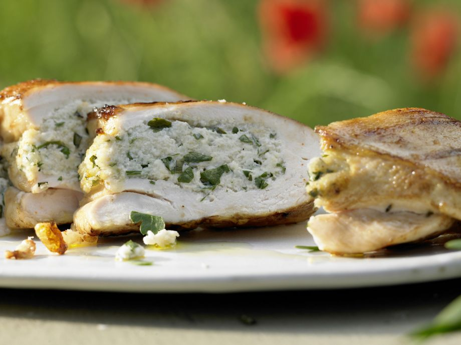Grilled Stuffed Chicken Breasts - Grilled Stuffed Chicken Breasts - Juicy and tender chicken with spicy creamy cheese