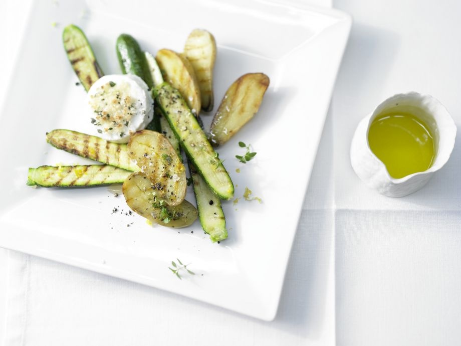 Grilled Zucchini and Potatoes - Grilled Zucchini and Potatoes - Small but nice: Simple and elegant appetizer from the gourmet kitchen