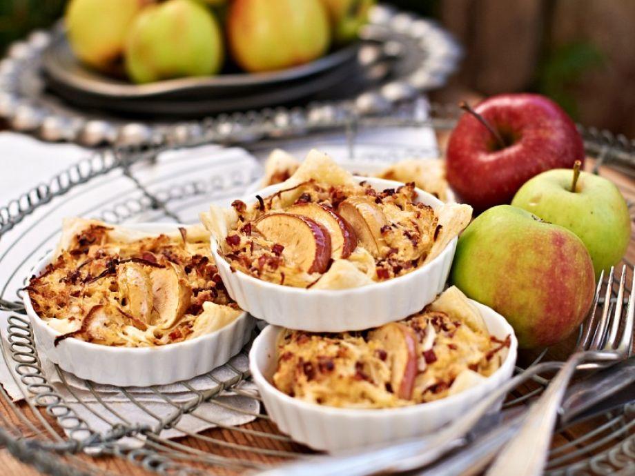 Ham, apple and parmesan tarts