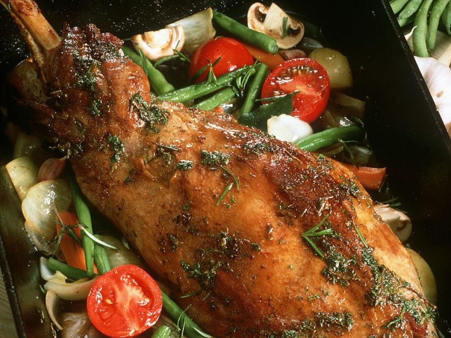 Pot-roast lamb with vegetables