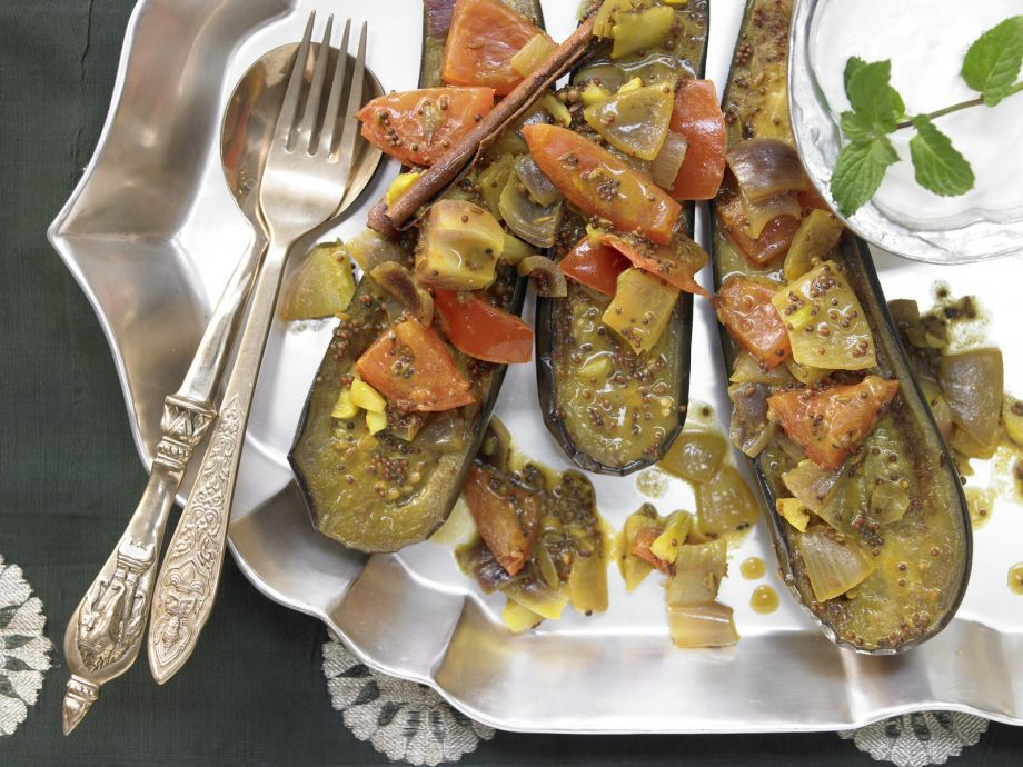 Indian Eggplant - Indian Eggplant - A vegetarian dish that delights with a lot of flavor
