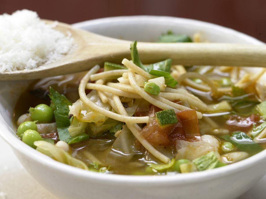 Italian Vegetable Soup - Italian Vegetable Soup - Quickly-made, classic Minestrone-like soup
