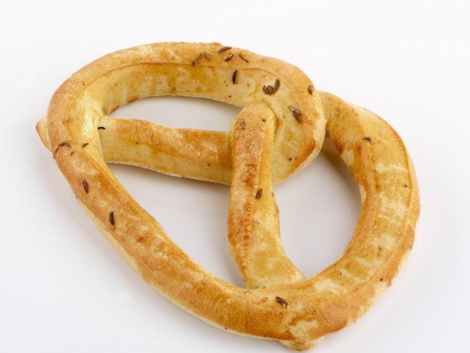 Large caraway pretzel