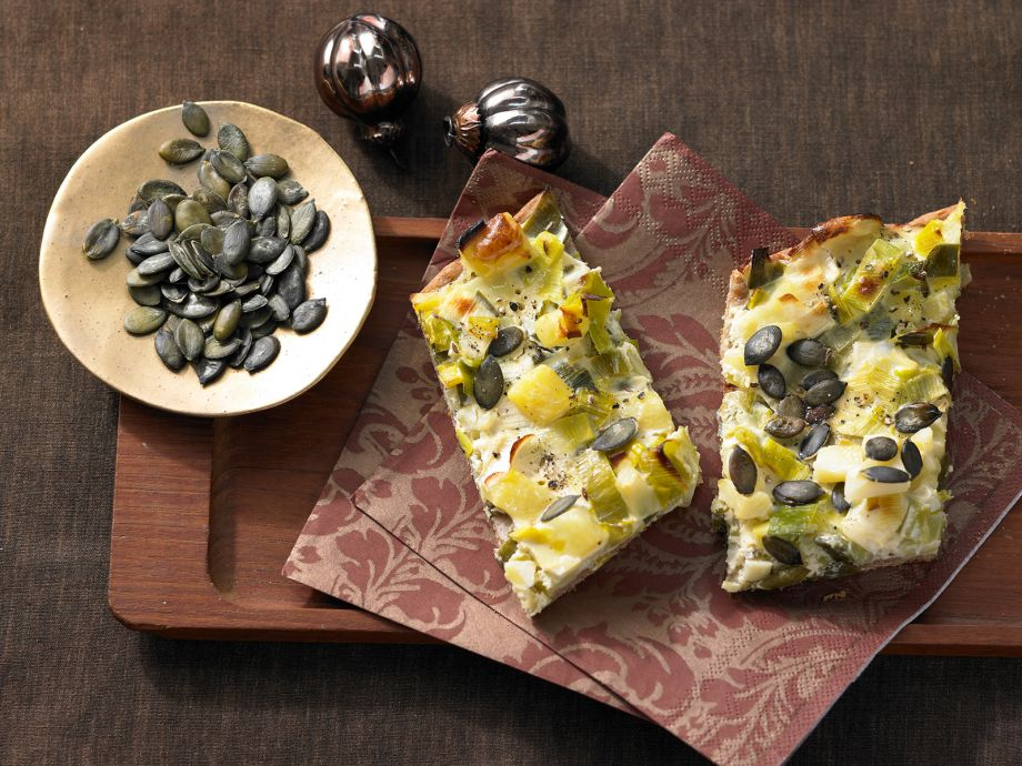 Leek and Potato Flatbread - Leek and Potato Flatbread - Crispy-baked and eye-catching fresh from the oven - full of lush flavors