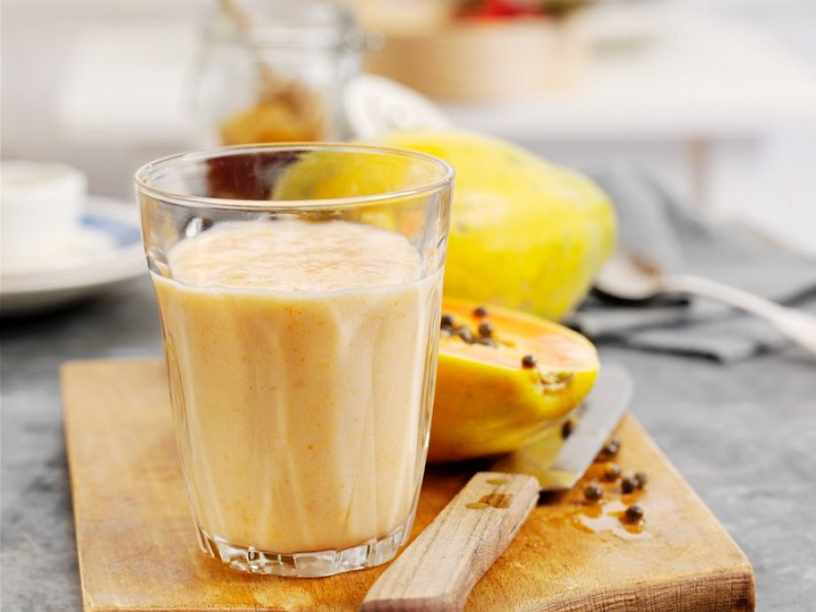 Tropical fruit and oat milkshake