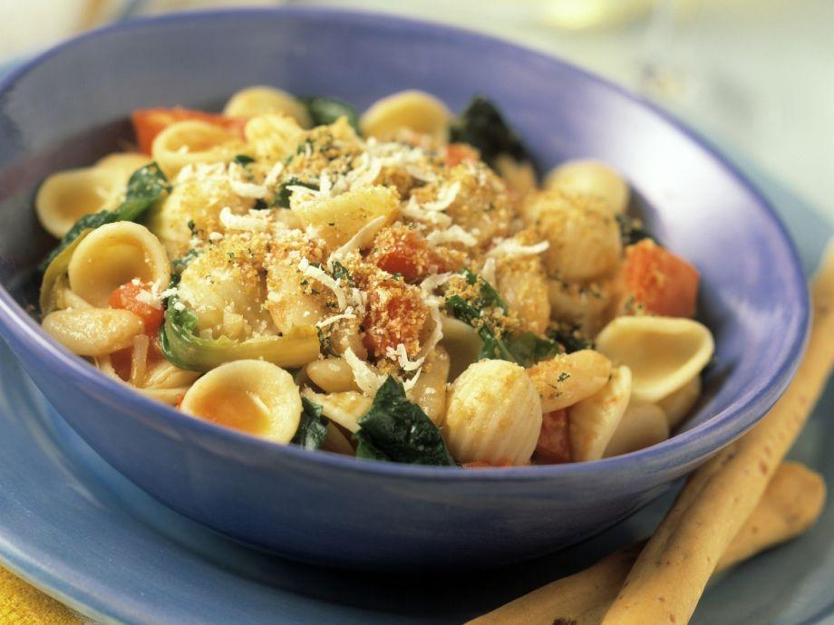 Orecchiette with Arugula and Tomato
